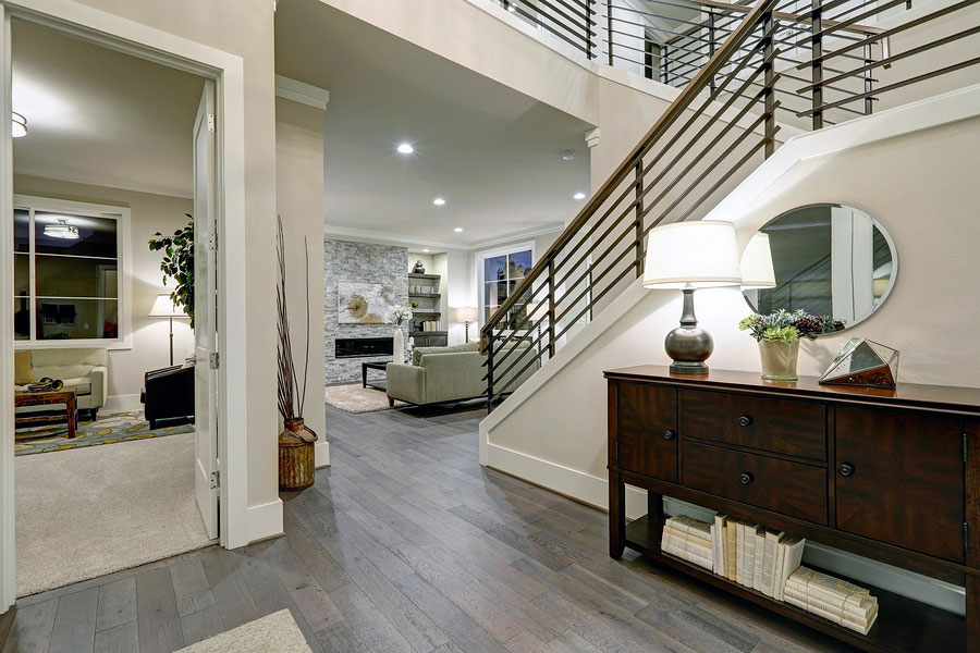 Choose Your Flooring Like a Pro – Designer Tips for Hardwood
